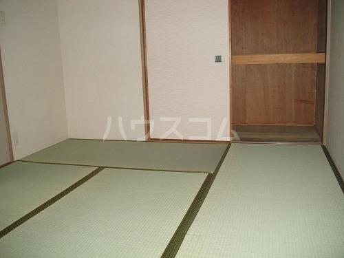 ペアムール三竹 305号室のベッドルーム