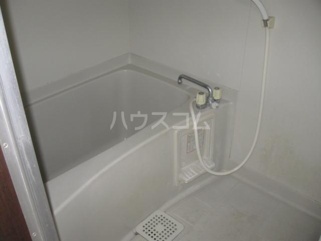 パナハイツ松村B 18号室の風呂