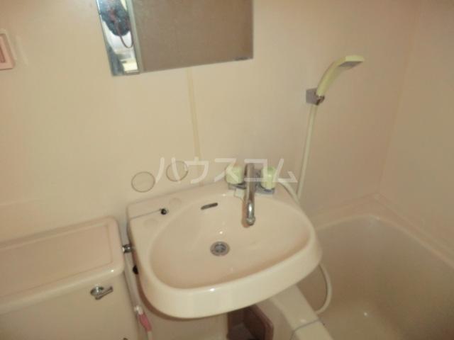 豊島ハイツ 208号室の洗面所
