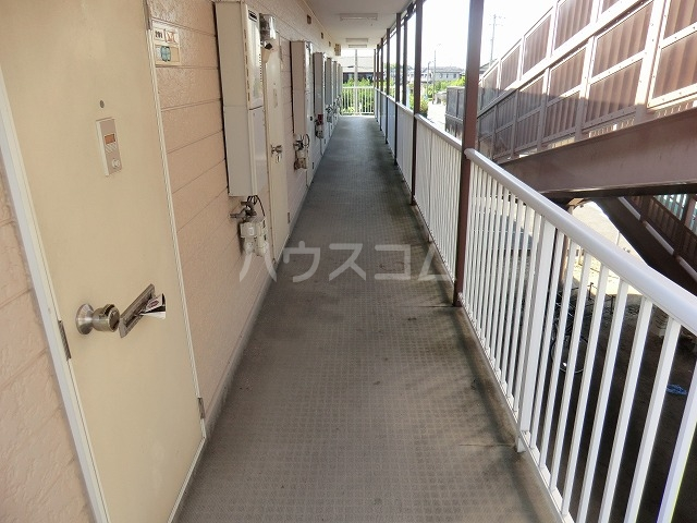 ハイツ松栄A 205号室のエントランス