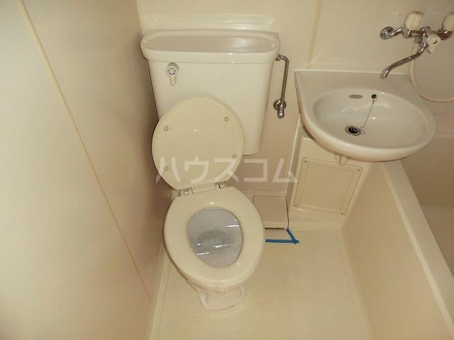 ハイツ松栄A 205号室のトイレ