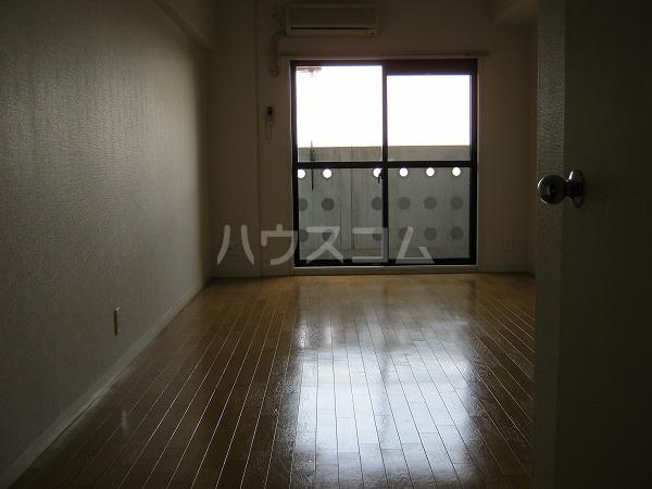 フォルマ・アルディート 901号室のリビング
