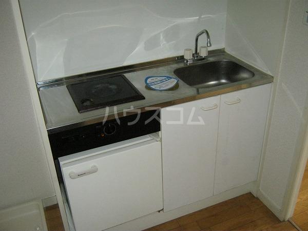 フォルマ・アルディート 901号室のキッチン