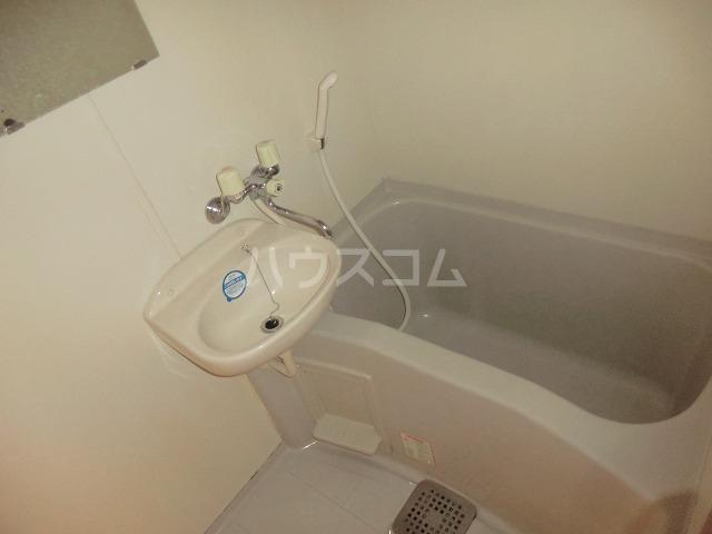 フォルマ・アルディート 901号室の風呂