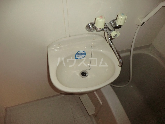 フォルマ・アルディート 901号室の洗面所
