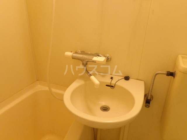 タマイハウス5 G号室の洗面所