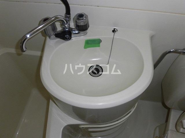 コーポ栄 101号室の洗面所