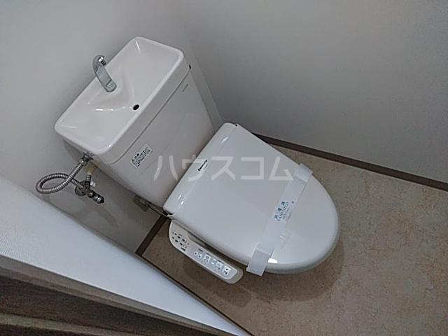 ウインズ洗足池 101号室のトイレ