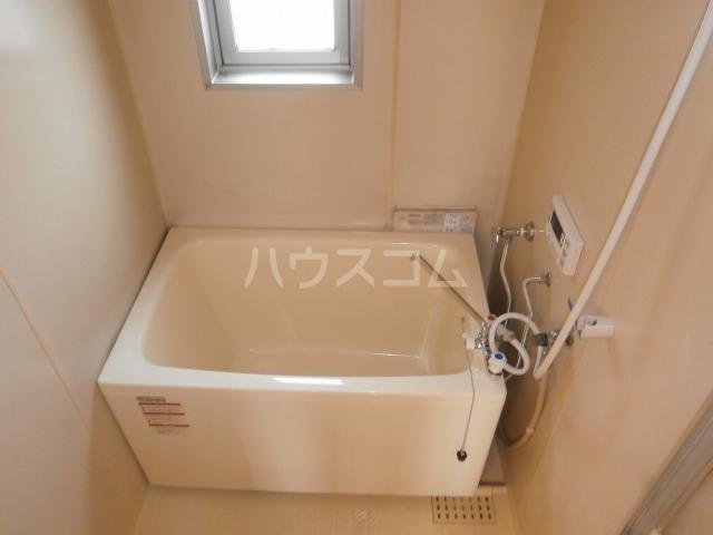 サンライズベル 404号室の風呂