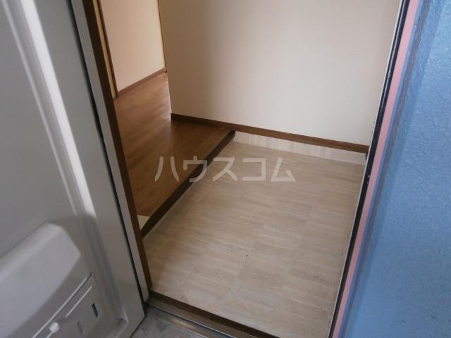 サンライズベル 404号室の玄関