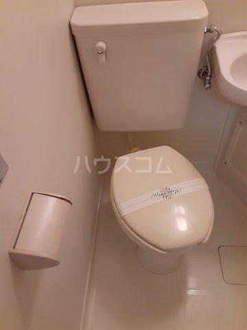 佐藤ハウス 103号室のトイレ