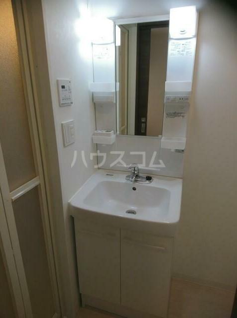 SS.Advance横濱阪東橋ex 602号室の洗面所