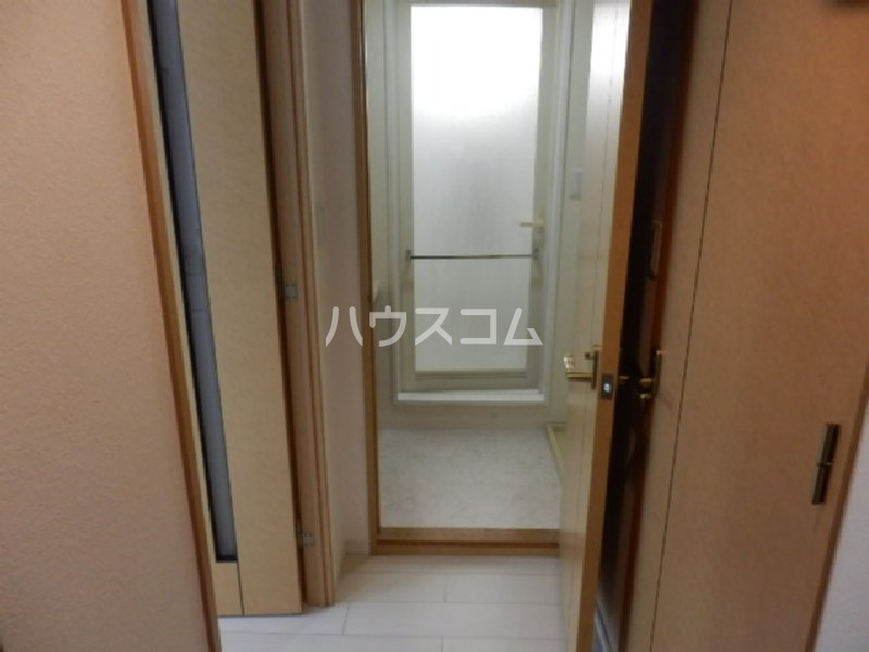 ポートハイム第七吉野町の玄関