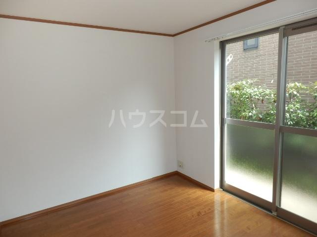 石本ハイツ 101号室の設備