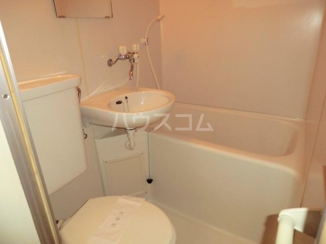 筑波ハイツ 201号室の風呂