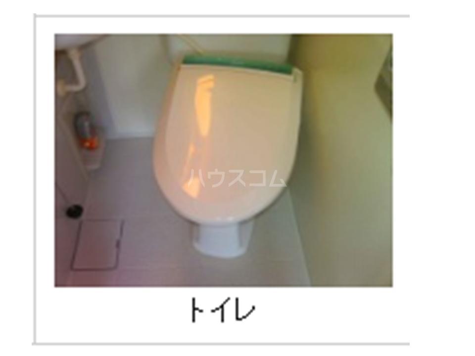 BLD T&T 301号室のトイレ