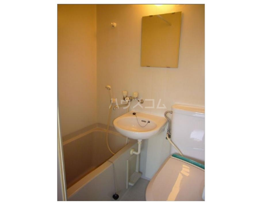 BLD T&T 301号室の洗面所