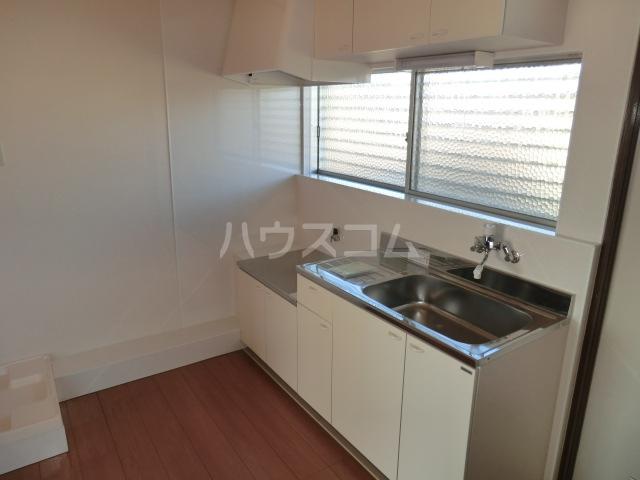 コーポ青山 2-1号室のキッチン