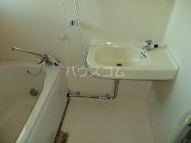 コーポ青山 2-1号室の洗面所