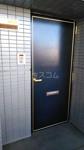 SKY・T 403号室の玄関