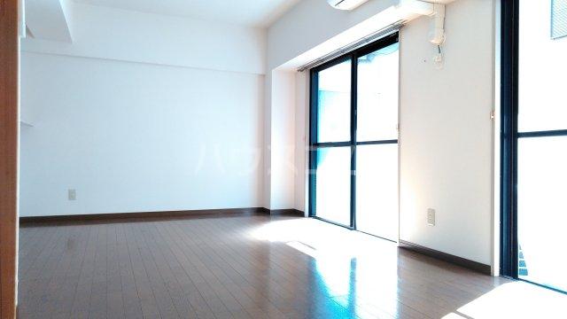 SKY・T 403号室のリビング