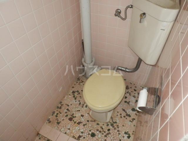 ペンションモリ 302号室のトイレ