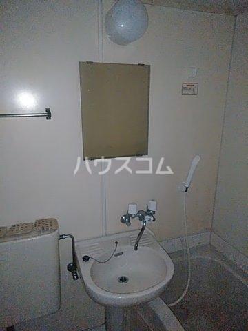 レオパレス用賀 102号室の洗面所
