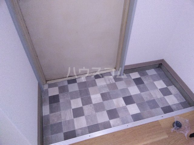 コーポ長谷川 3B号室の玄関