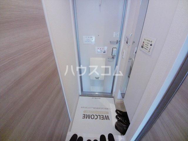 パーシモンⅢ 103号室の玄関