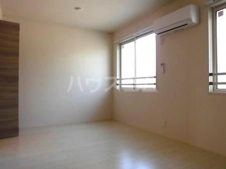 ボナール・T 201号室の居室