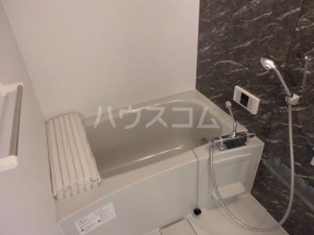 ボナール・T 201号室の風呂