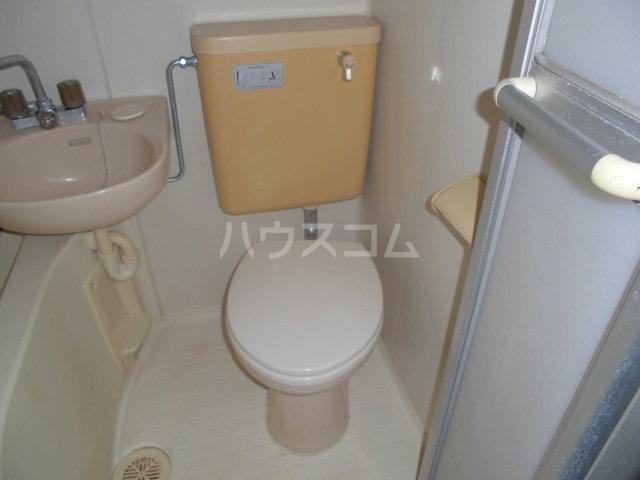 ラヴェンダー保谷 306号室のトイレ