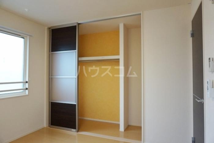 グランドソレイユ久保田 302号室のベッドルーム