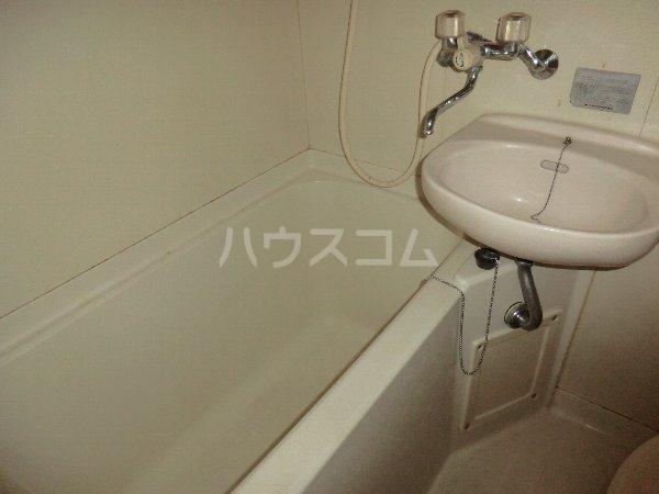 コーポ千暁 203号室の風呂