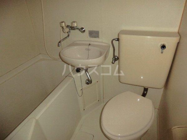 コーポ千暁 203号室の洗面所
