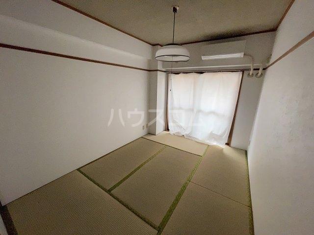 フラットD 103号室の設備