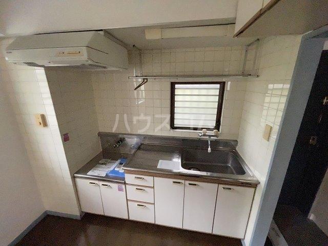フラットD 103号室のキッチン