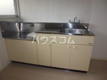プレジール多度 M1 202号室のキッチン