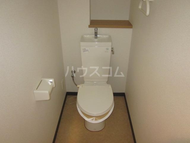 Belledemeure長良 103号室のトイレ