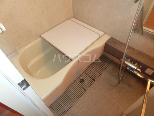 ジェイパーク渋谷神泉 305号室の風呂