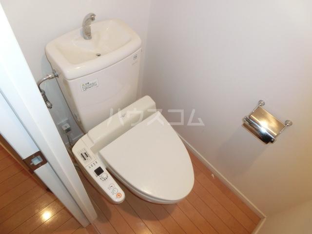 ジェイパーク渋谷神泉 305号室のトイレ