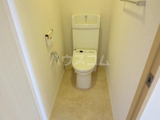 ユニテ・ド・ブラン 501号室のトイレ