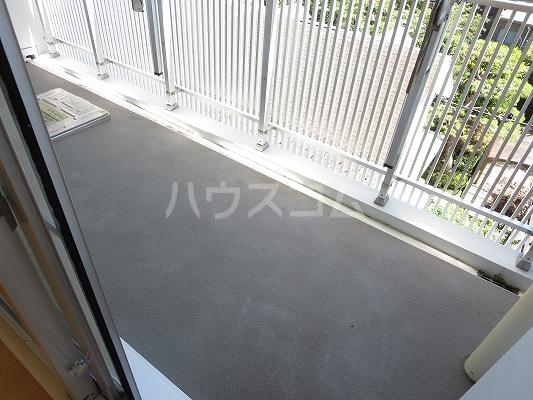 ユニテ・ド・ブラン 501号室のバルコニー