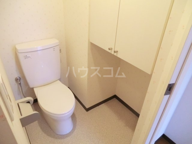 SUN CRESC 402号室のトイレ