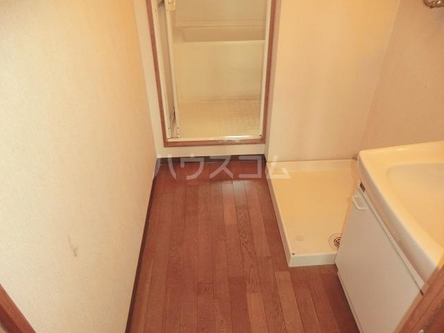 リバーパークマンション 302号室の収納