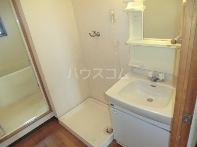 リバーパークマンション 302号室の洗面所