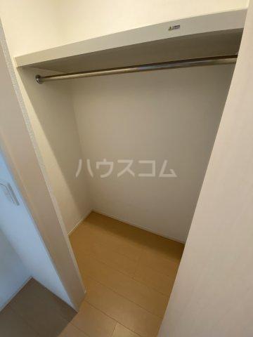 ディス・モンターニュ 102号室の収納