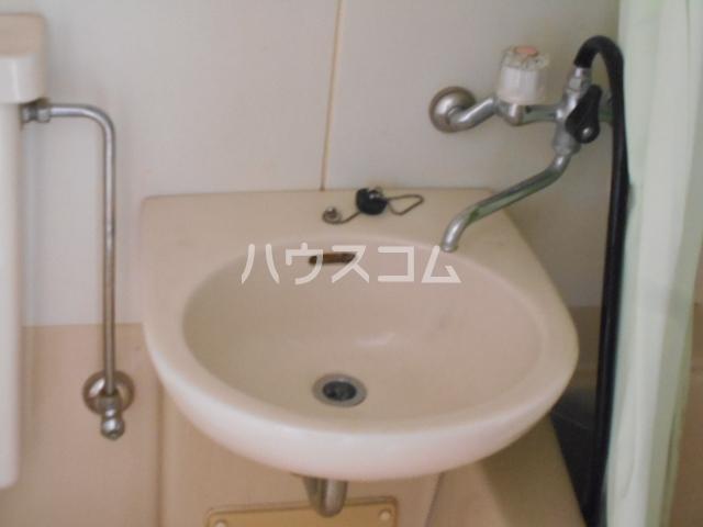 メゾンド二宮B 204号室の洗面所