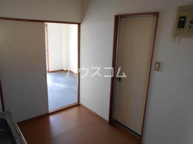 メゾンド二宮B 204号室の居室