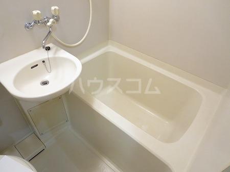 ハイツ永島 102号室の風呂